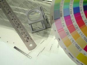 Design  og  farger